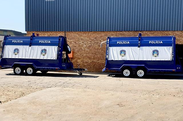 Angola policia razor wire trailer