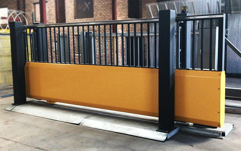 Cantilever Sliding Gate System 183 Residential Amp Commercial