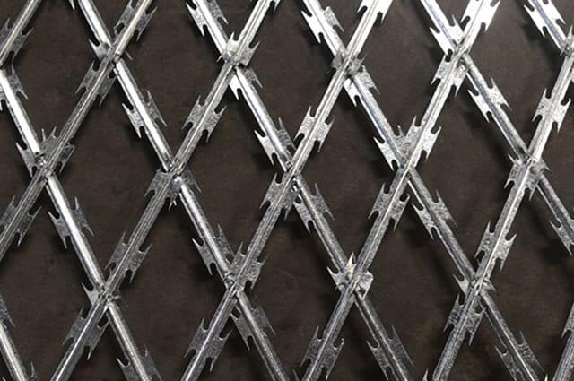 High-density diamond razor wire mesh