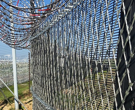 Value Logistic razor mesh with 358 high-security fencing plus spikes
